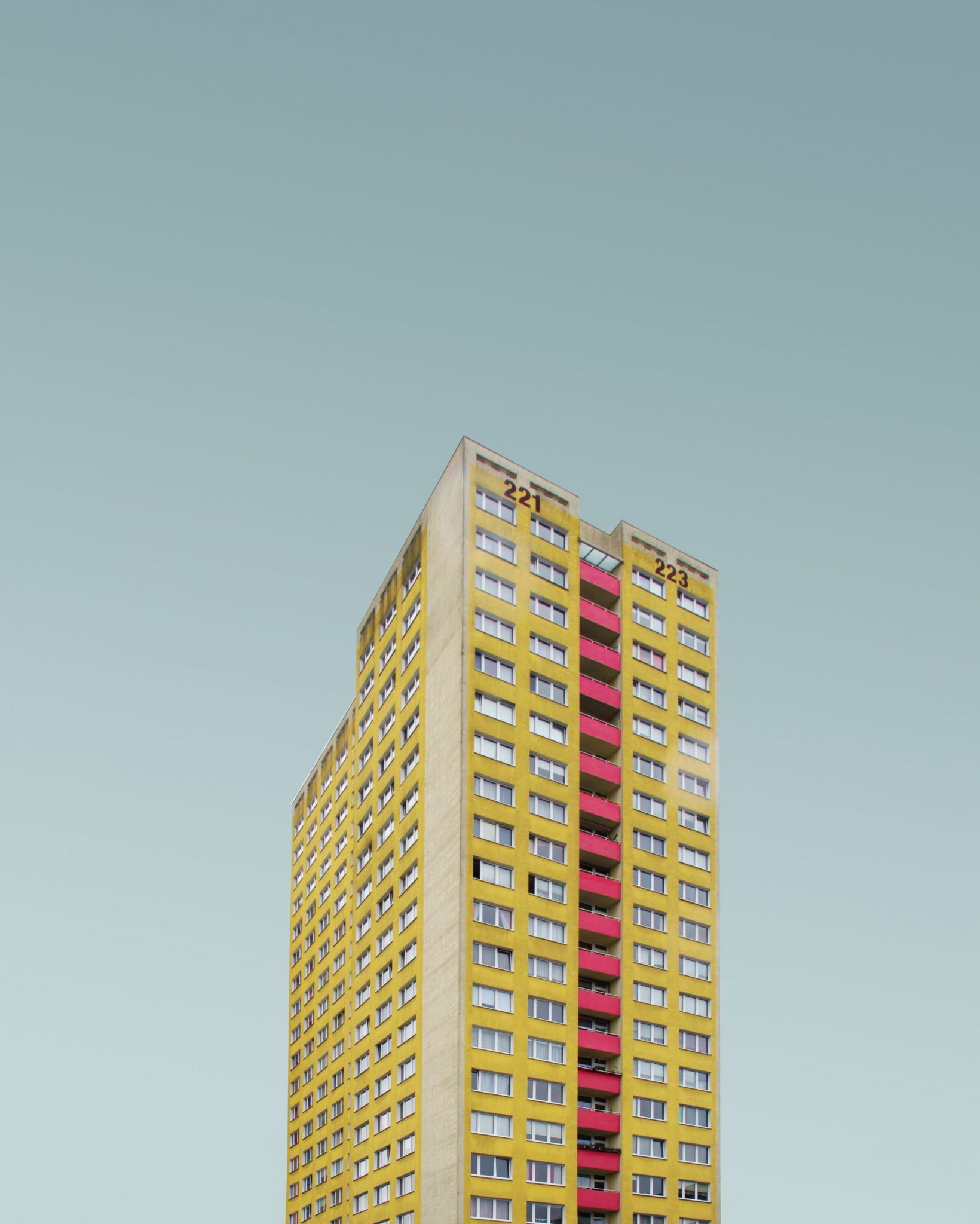 Wohnblock in Berlin, Simone Hutsch, CC0 unsplash